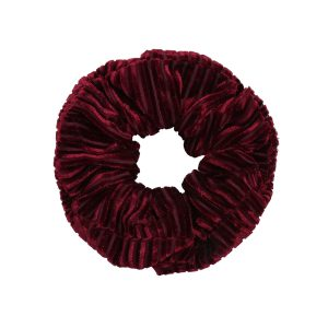 Scruncie velvet crushed red
