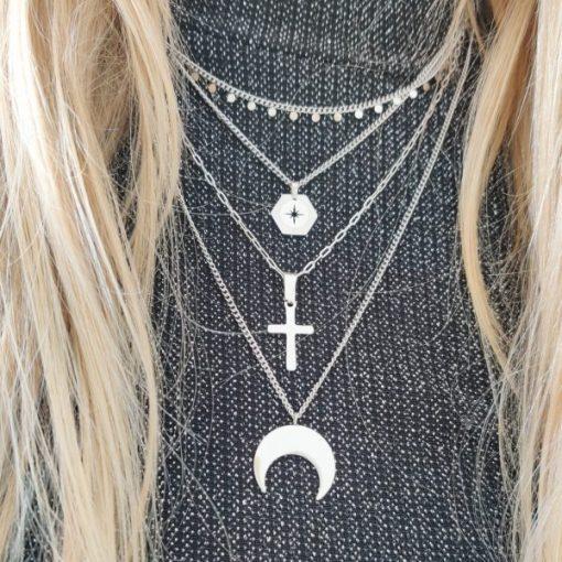 Necklace tiny circles