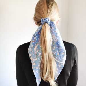Scrunchie ribbon flower