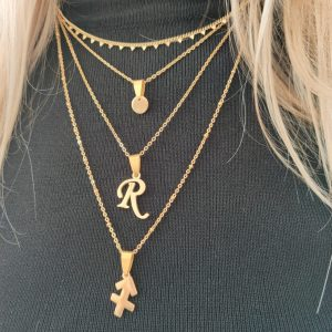 Necklace initial long